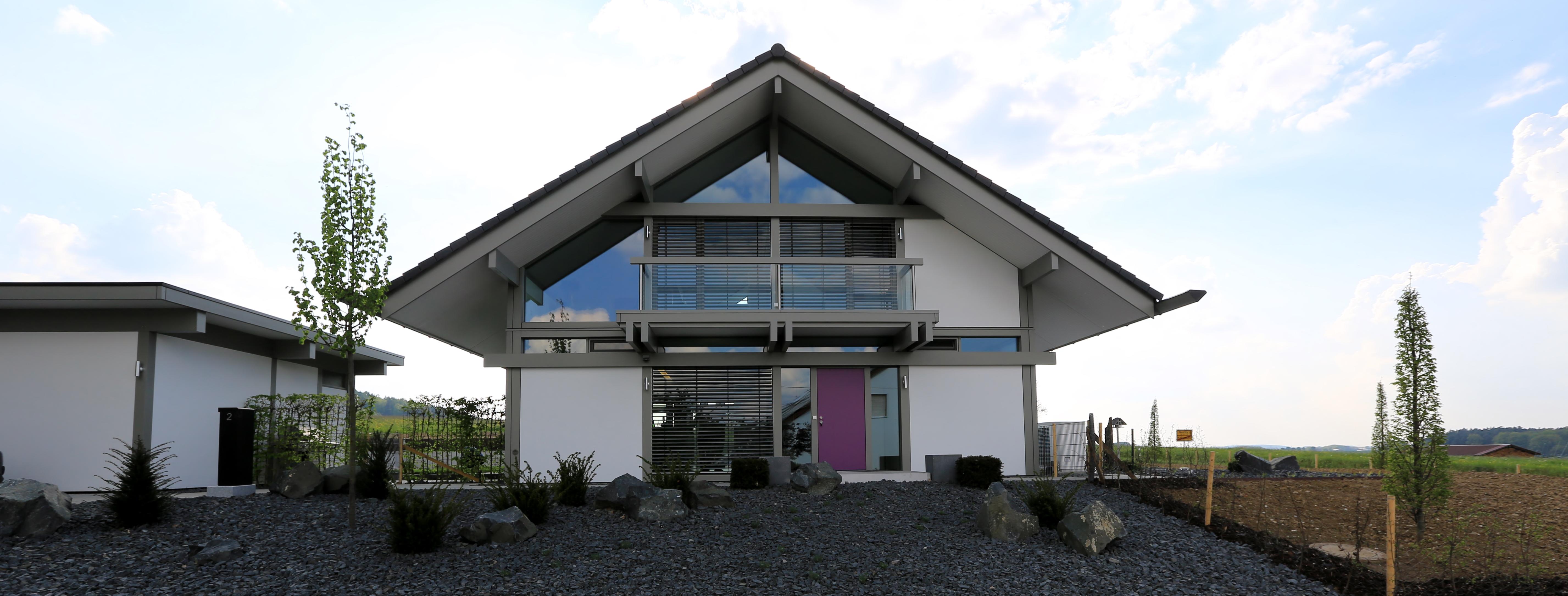 Bodenplatte modernes fachwerkhaus for Modernes fachwerkhaus
